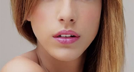 How to enhance lips in Photoshop