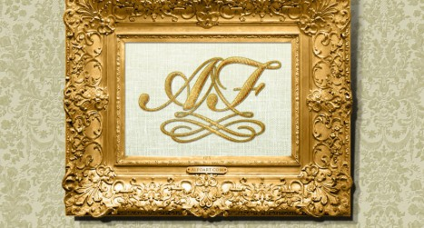 Create an antique golden frame in Photoshop